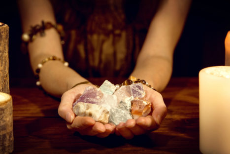 7 Healing Crystals To Connect With Your Feminine Energy