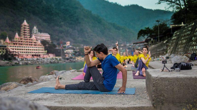 300 Hour Yoga Teacher Training In Rishikesh – Rishikesh Yogkulam