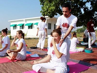 200 Hour Hatha Yoga Teacher Training – Khajuraho, India – February 2020