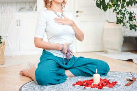 Do This Simple Chakra Balancing Exercise In 5 Minutes