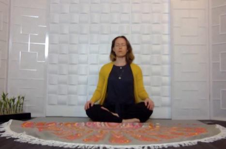 Address Fuzzy Thinking With Breath & Meditation