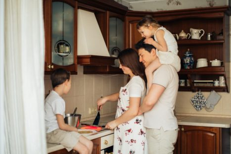 Build Strong And Happy Family Connections In 2021