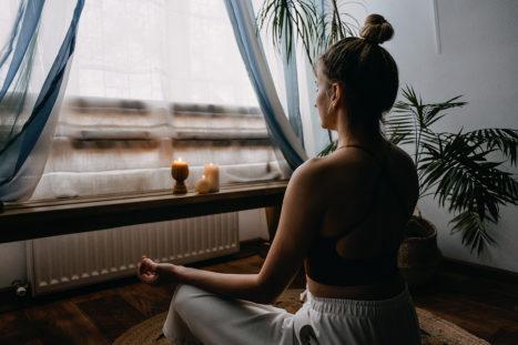 6 Simple Ways To Make Meditation Easy