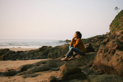 Think About What You're Thinking: How To Be Mindful Of Your Thoughts